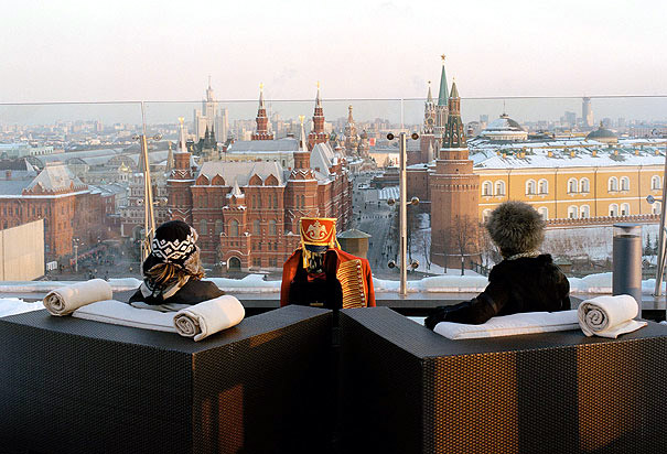 most spectacular panoramic views from hotel rooftops. Black Bedroom Furniture Sets. Home Design Ideas