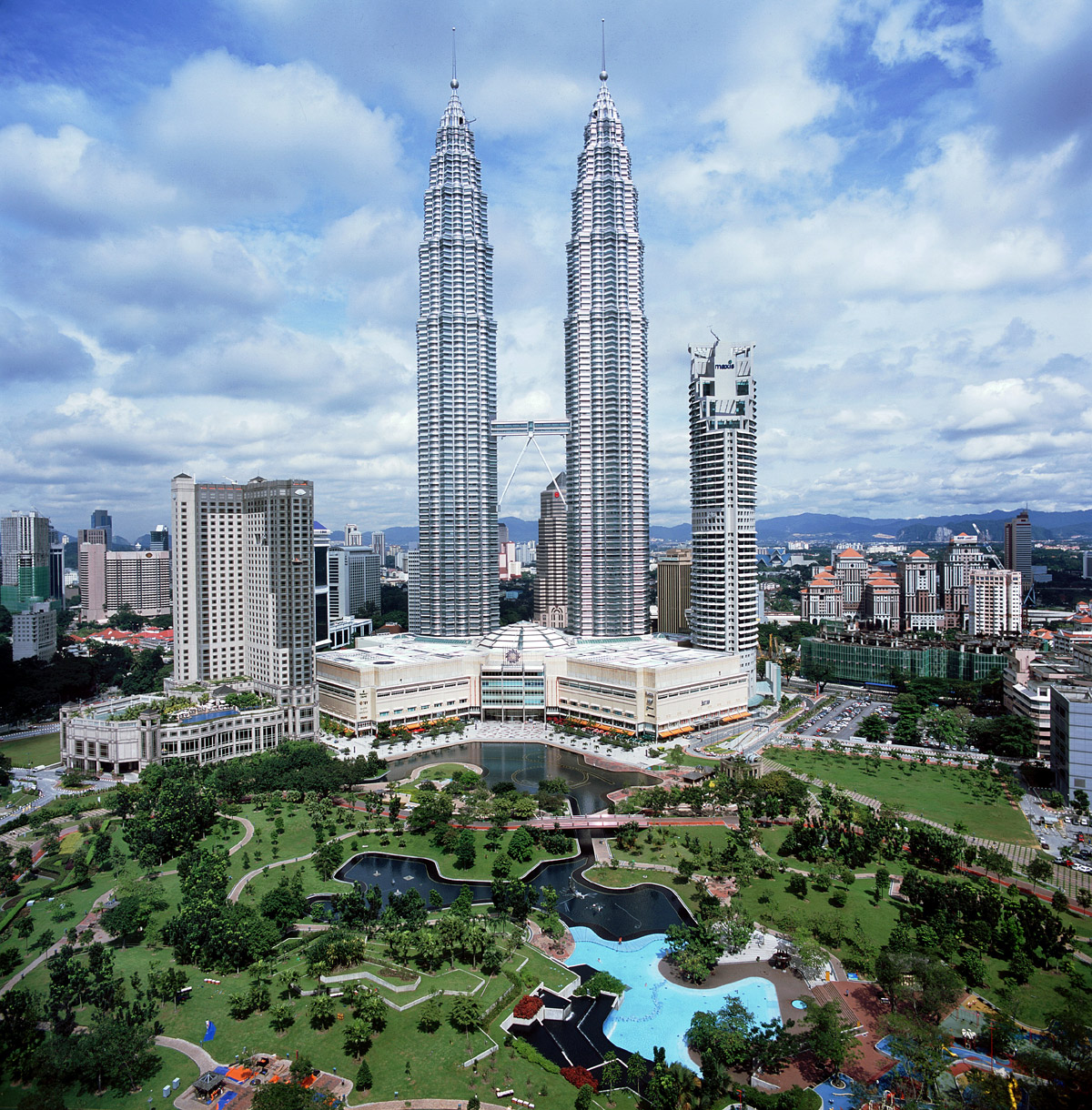 Top 12 Fantastic Buildings In The World Most Spectacular