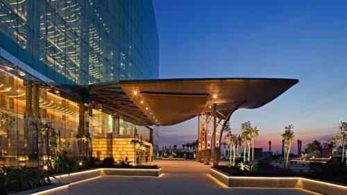 Фото отеля The Meydan Hotel, Dubai