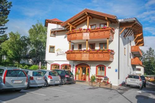 Photo of Hotel Sonnenhof Bed & Breakfast, Igls