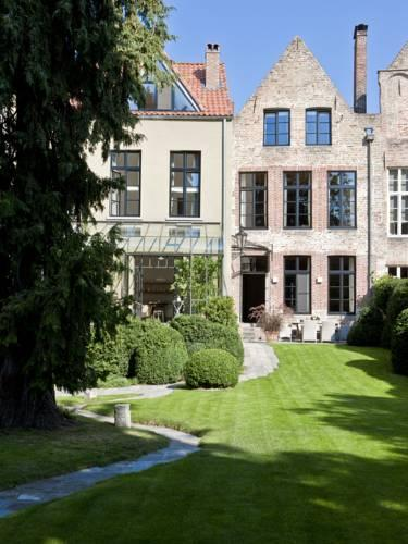 Фото отеля Jacquemine Luxury Guesthouse and Art Gallery, Bruges