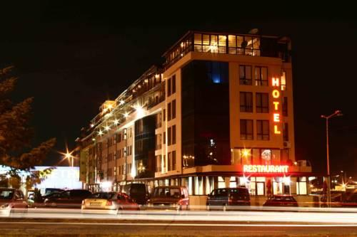 Photo of Avenue Hotel, Burgas