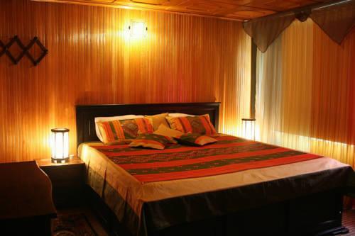 Photo of India Chez Moi Casa Hotel, Bogotá