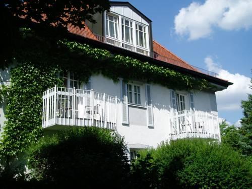 Foto von Villa am Schlosspark, München
