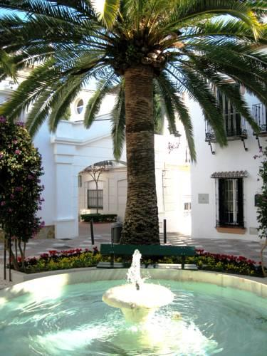 Foto von Apartamentos La Fonda, Benalmádena