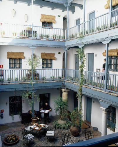 Photo of Hospes Las Casas Del Rey De Baeza, Sevilla