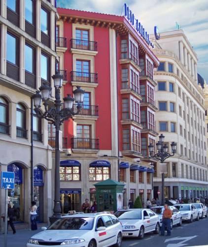 Foto von Tryp Bilbao Arenal Hotel, Bilbao