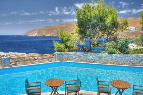 Photo of Yperia Hotel, Aegiali