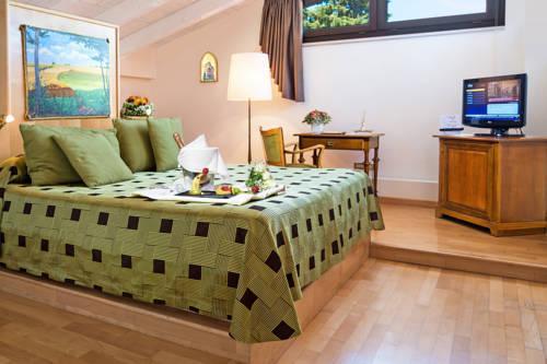 Photo of Hotel Terranobile Metaresort, Bari
