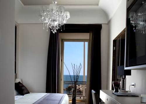 Фото отеля Partenope Relais, Napoli