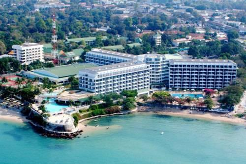 Фото отеля Dusit Thani Pattaya, Pattaya Central