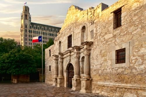 Hotel Emily Morgan San Antonio Texas Best Hotels For Vacation Or Business Trip