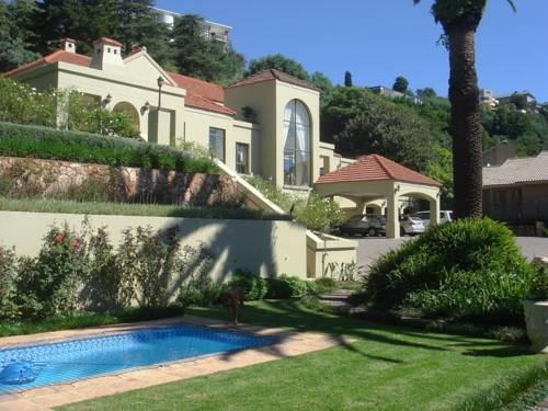 Фото отеля 12 on Hillel Guest Manor, Johannesburg