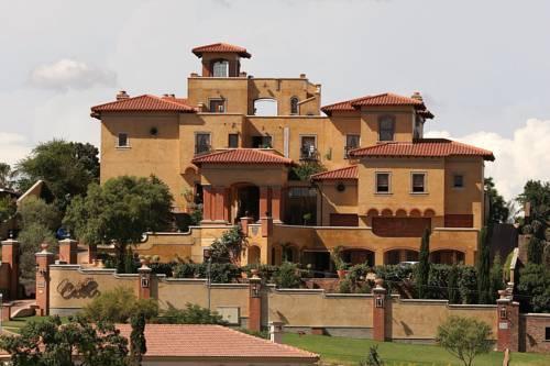 Фото отеля Castello Di Monte, Pretoria