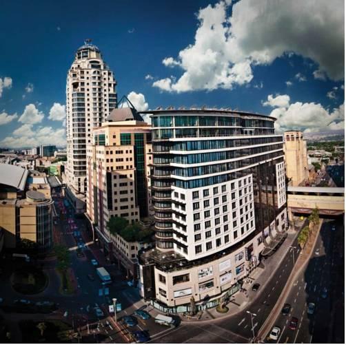 Фото отеля DaVinci Hotel and Suites on Nelson Mandela Square, Johannesburg